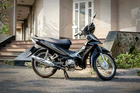 For a simple motorbike that easily goes from A - B then the Honda Blade is the perfect choice.