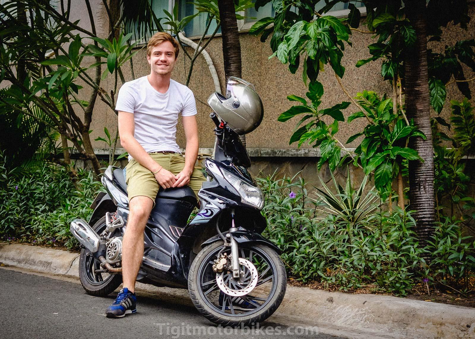 Suzuki Hayate Vietnam Scooter