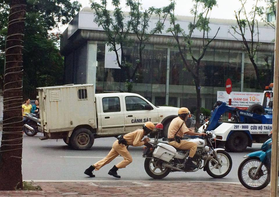 motorbike police in Vietnam