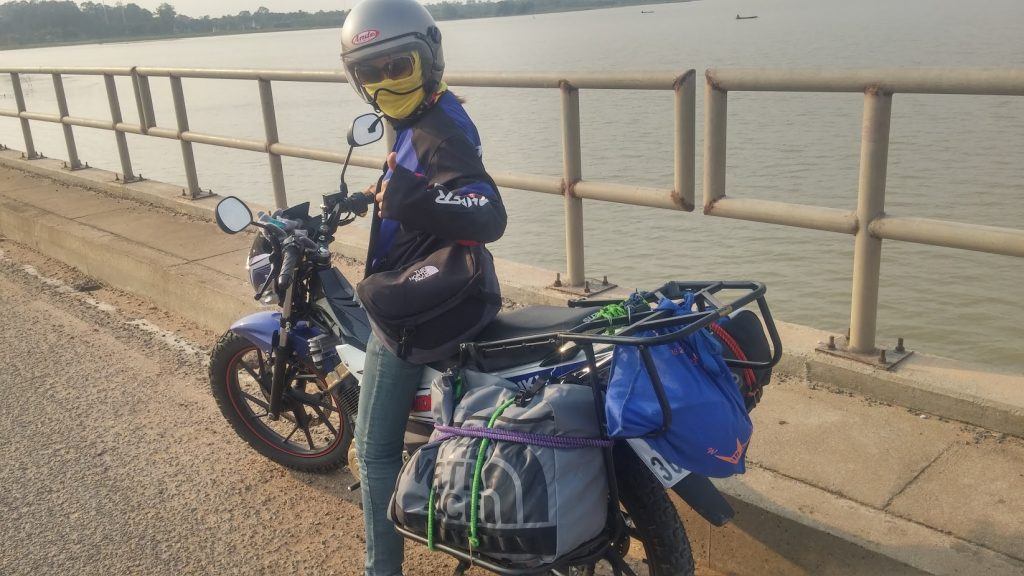 Suzuki Raider customised for Cambodia