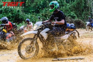 dirt bike travel vietnam