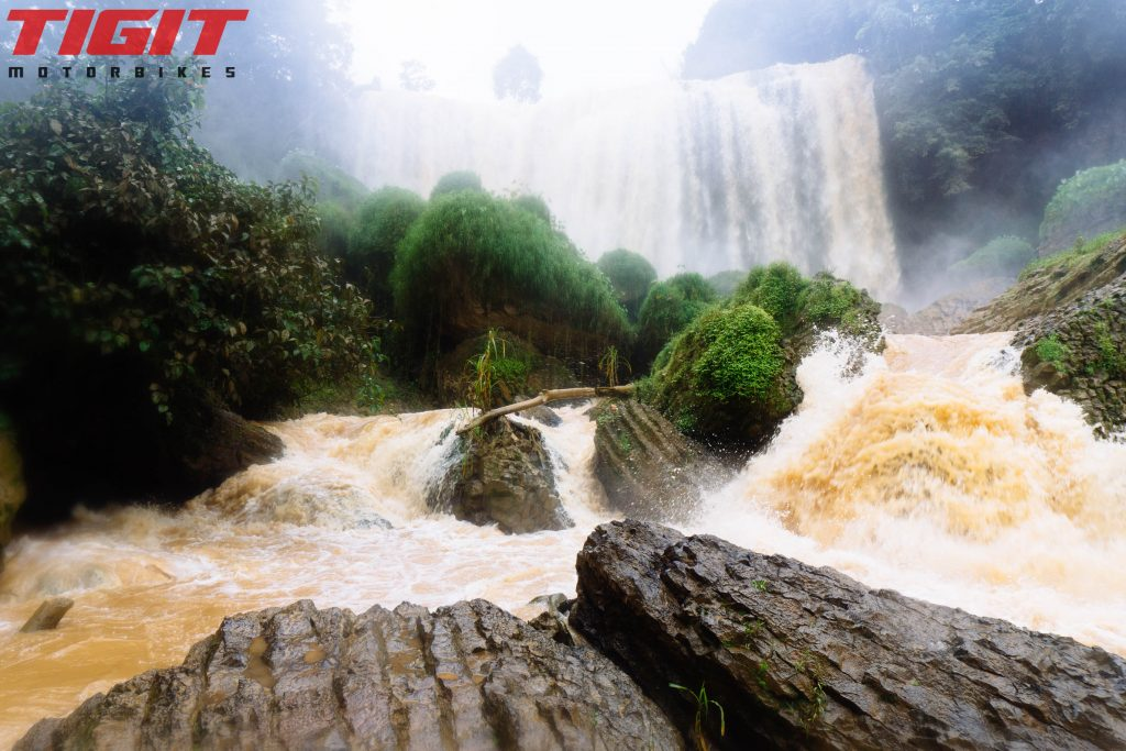Elephant waterfall base