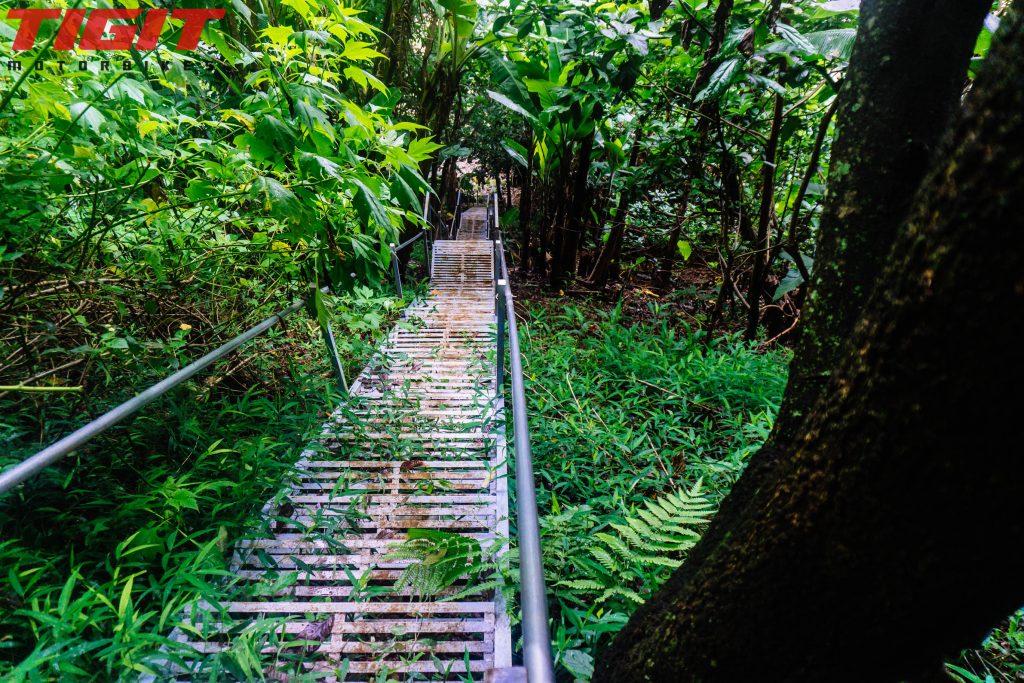 Lien Khuong stair 2