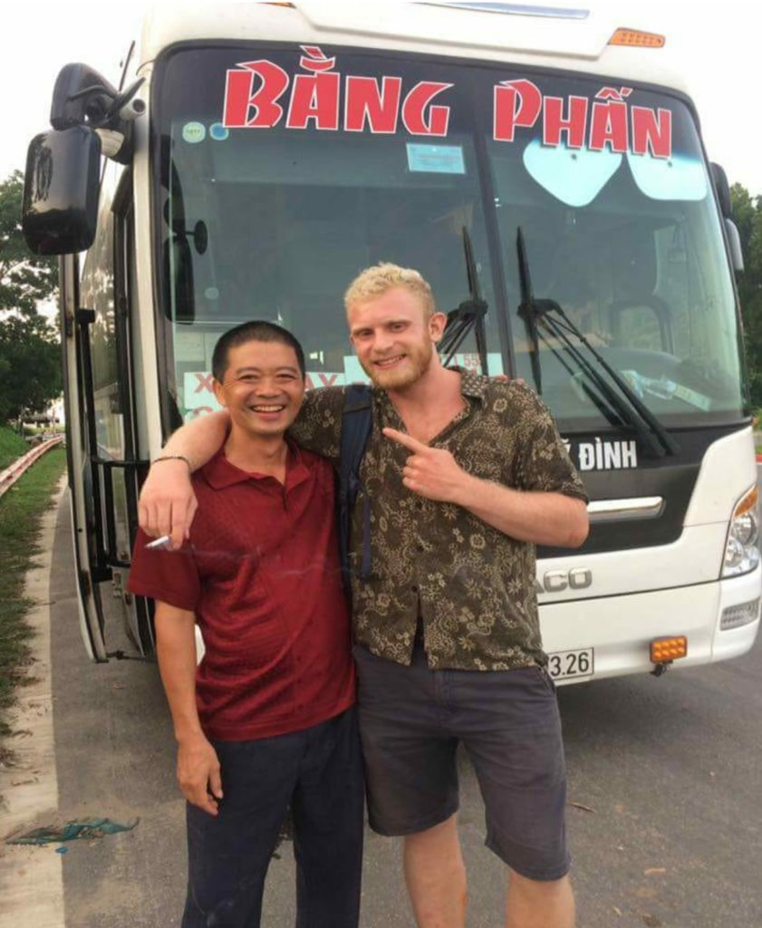 Ha Giang Bus Shipping Dude