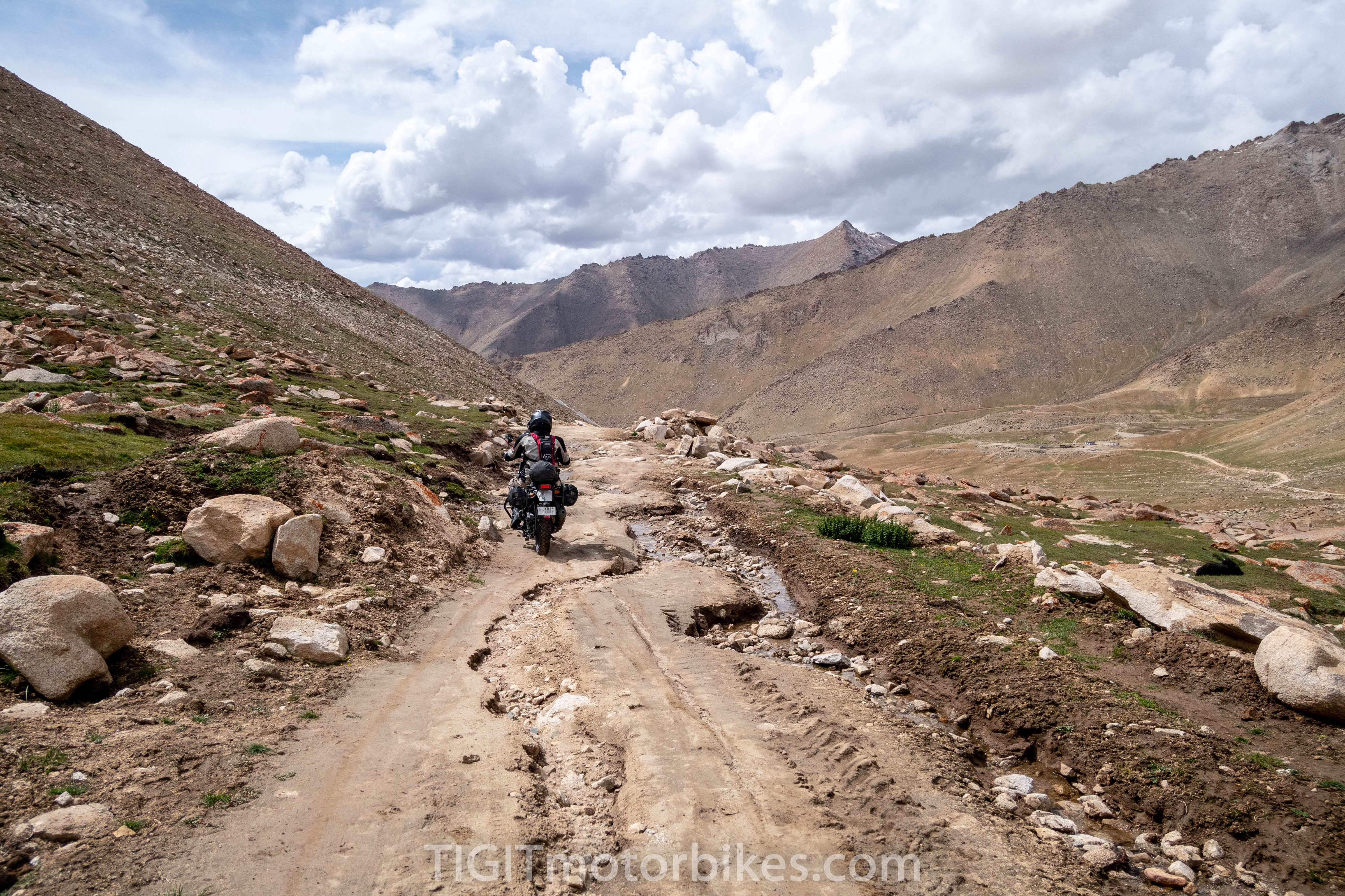 Hard roads in the himalayas