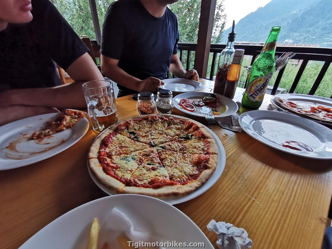 Kashmir Pizza