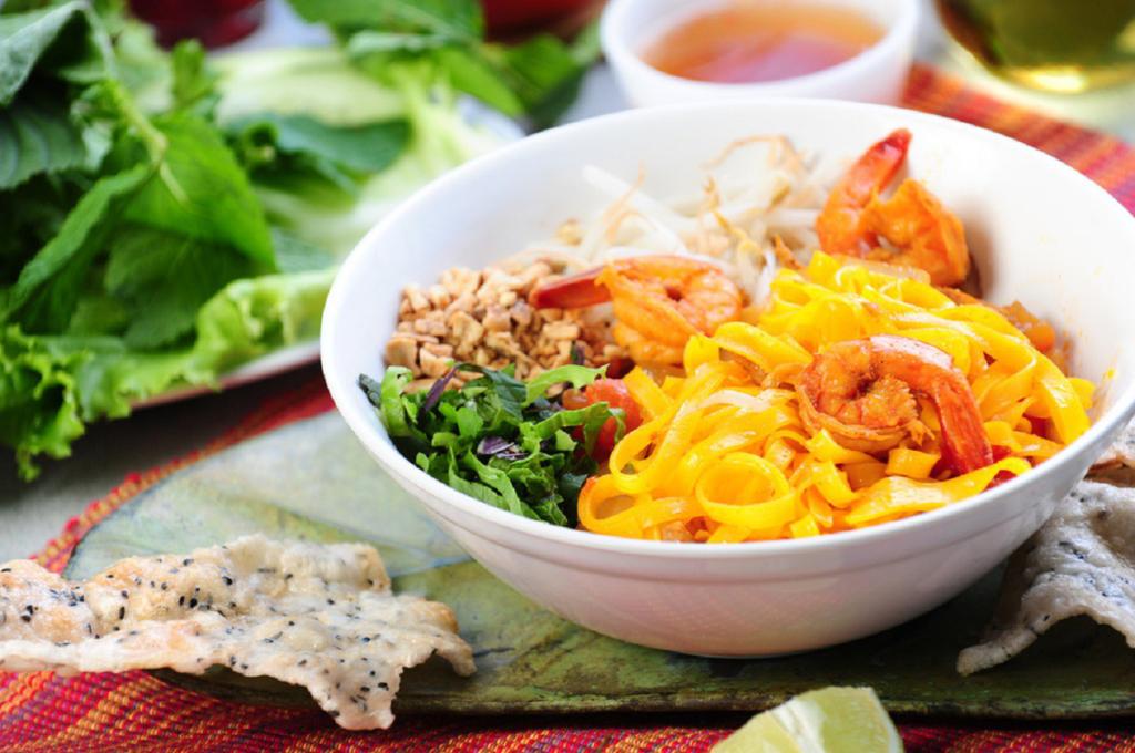 Tumeric noodles