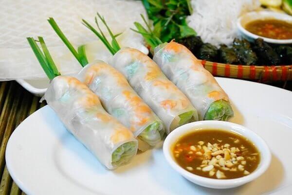 Rice paper spring rolls