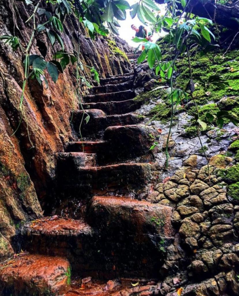 Elephant Waterfall ( Thac Voi) - Da Lat