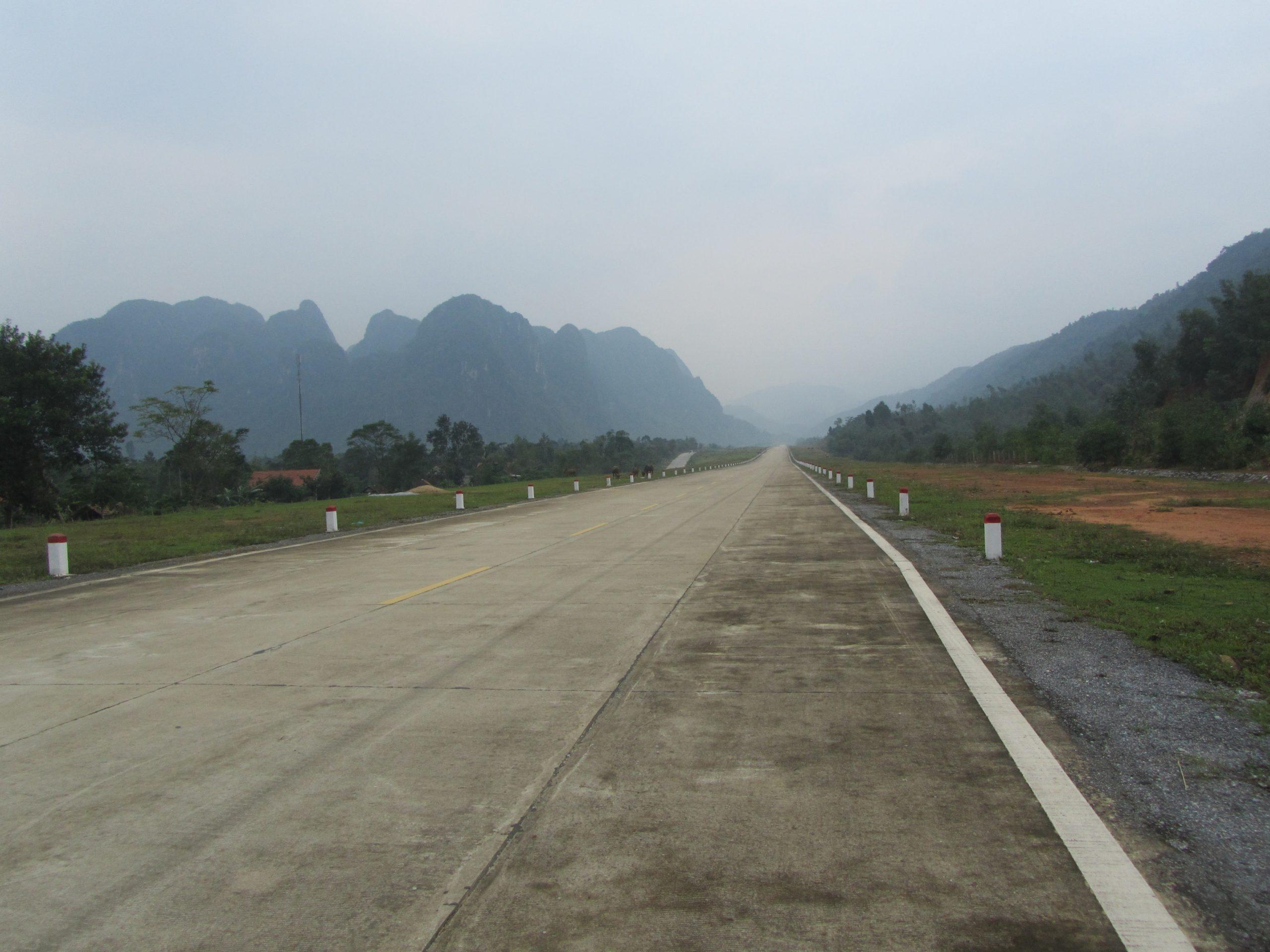 Phong Nha HCM road