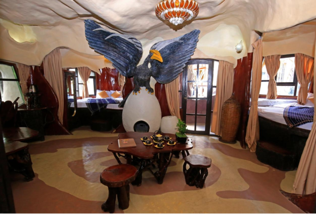 Eagle Room Crazy House