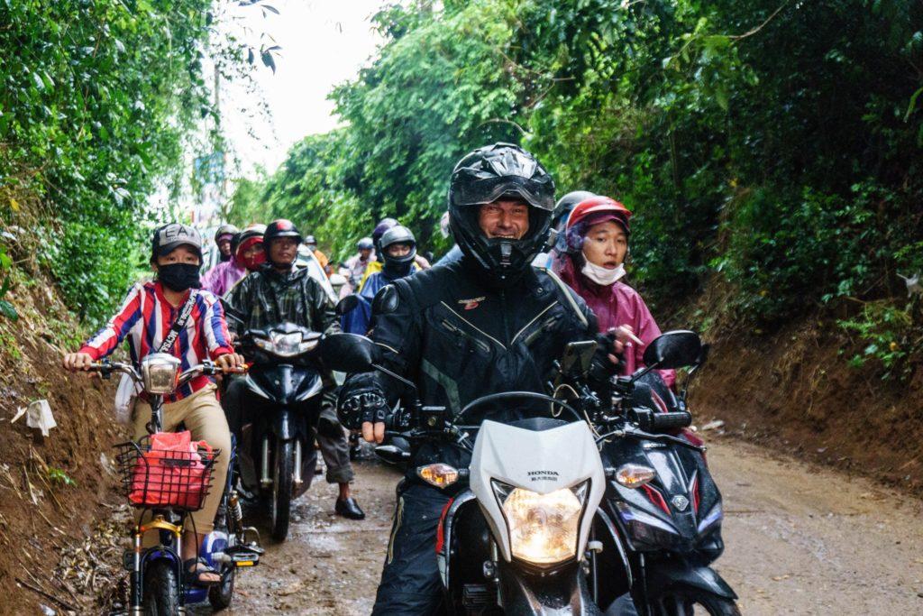 租摩托车旅行时可以自由去任何地方