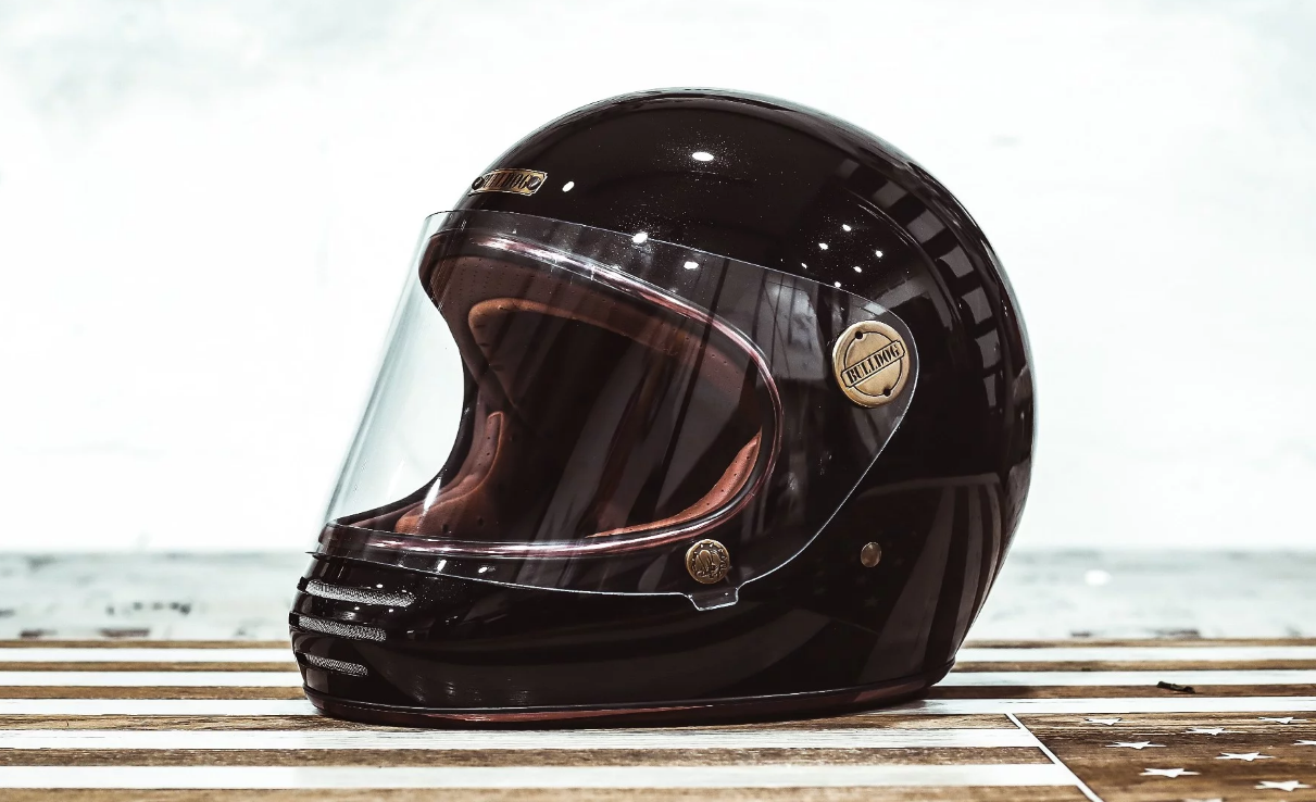 Mũ bảo hiểm cổ điển vintage hiệu BullDog