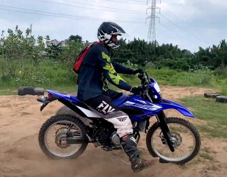 Yamaha WR 155 VS Honda CRF 150 VS Honda XR 150