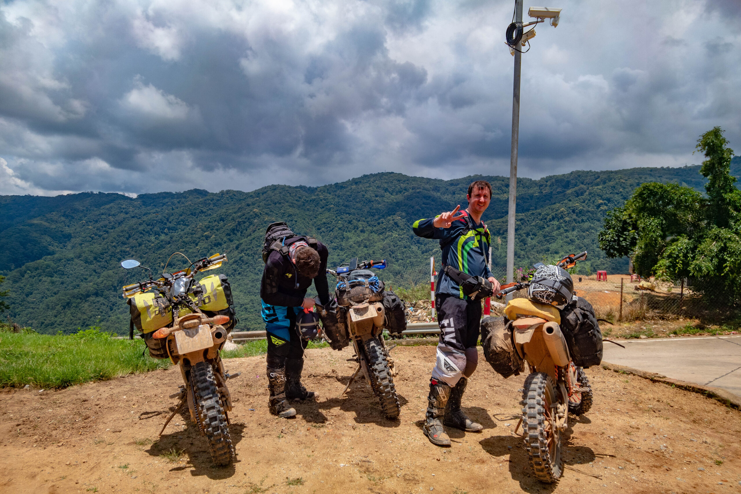 kriega bags on enduro bikes